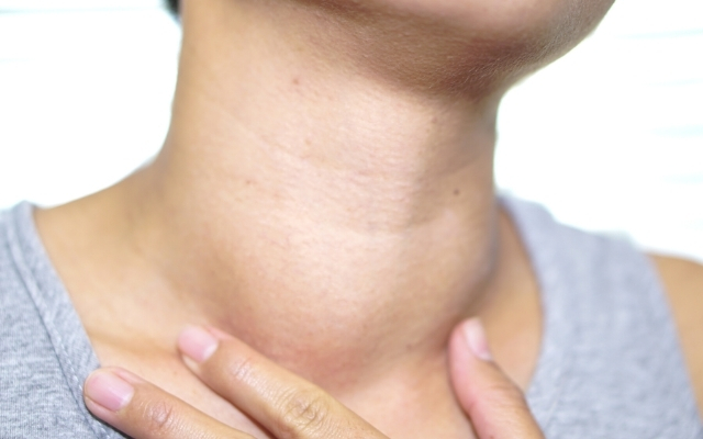 Thyroid problems signs and symptoms